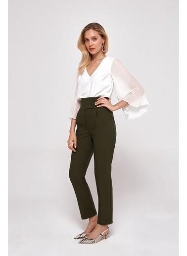 Random Kadın Kalın Kemerli Yüksek Belli Havuç Pantolon Haki